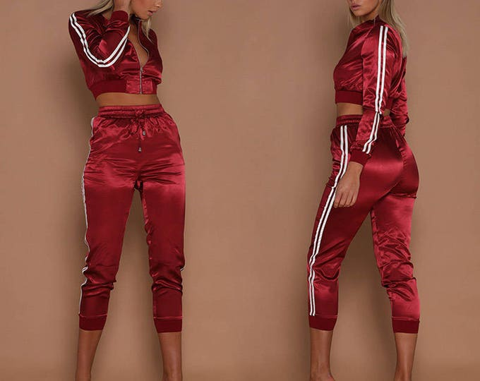 Featured listing image: Womens Autumn Winter Long Sleeve Two Piece Set Hot Fashion Front Zipper Red Stripe Patchwork