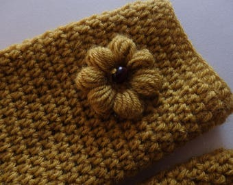 Trendy Crochet Mittens with flowers, Mustard Yellow