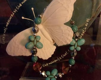 Pretty Turqoise Butterfly Bracelet. This is just so cute. Perfect Mother & Daughter gifts for  any occassion.