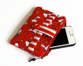 Snoopy Pouch with Zipper - Small Purse Handmade from Red Snoopy Fabric