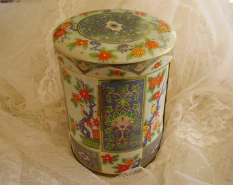 Vintage Collectible Fancy TIN/Container
