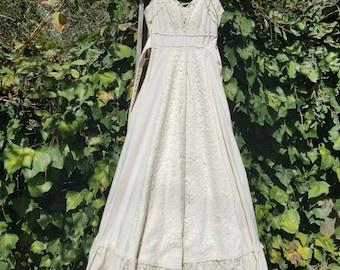 Vintage 70s gunne boho wedding dress xs