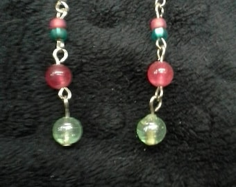 Red and green Christmas drop earrings