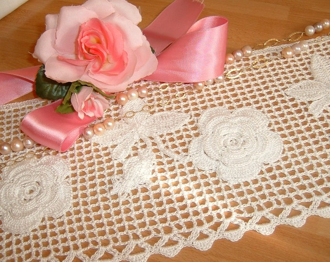 Featured listing image: Lace for crochet border with application of roses of Ireland. Lace tradition Italy. Edge of Lace.  To order.