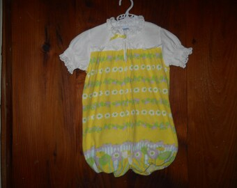 Vintage Carters 2T romper - yellow with butterflies