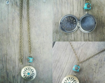 Ready to ship! Antique brass and turquoise Essential oil diffuser with Indonesian bead