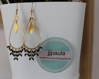 Black Stars drop earrings