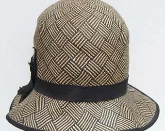 """23"""" - Vintage 1920s Panama Cloche Black White Flapper Women's Hat"""