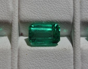 Natural emeralds Colombia 4.69 carats
