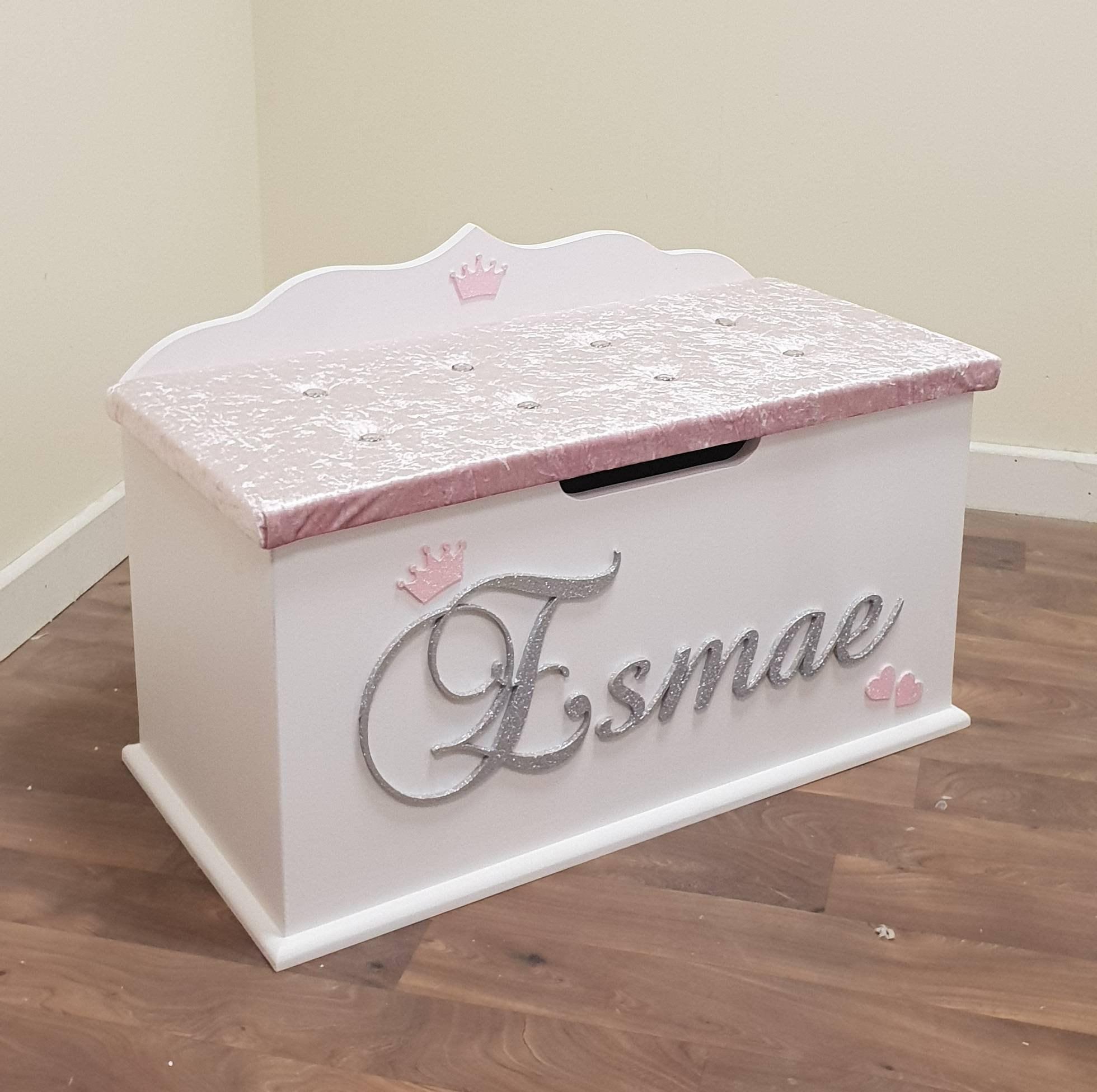 coffre jouets personnalis bo te personnalis e sur mesure. Black Bedroom Furniture Sets. Home Design Ideas