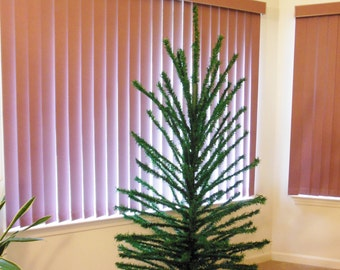 Peco Green Balsam Pine Christmas Tree 6.5 Feet Tall Vintage Tree with Wood Poles Stand and 121 Branches