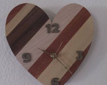 Heart clock, HANDMADE, wooden stripes
