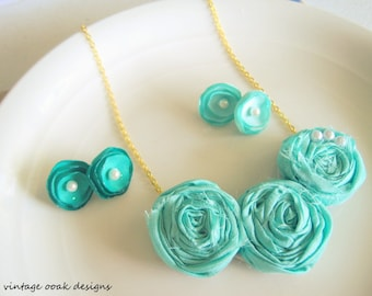 Mint Rosette Statement Necklace, Limpet Shell Bib Necklace,Rosette Necklace, Rosette Statement Necklace,Bridesmaid Necklaces,Many Colors
