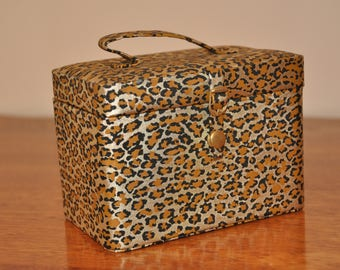 Vintage Plastic Leopard Covered Cosmetic/Jewelry Travel Box