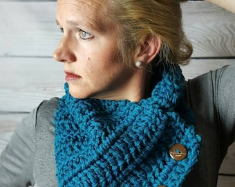 Teal Crochet Cowl Scarf, Teal Boston Harbor Scarf, Button Scarf, Crochet Infinity Scarf - Real Teal with coconut buttons Fast Shipping!