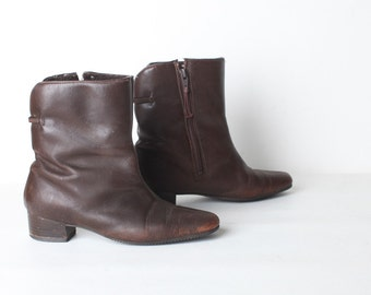 Size 7 Women's Vintage Brown Leather Ankle Boots