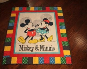 Mickey & Minnie Friends quilt