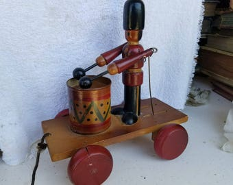 Pull along Toy Drummer