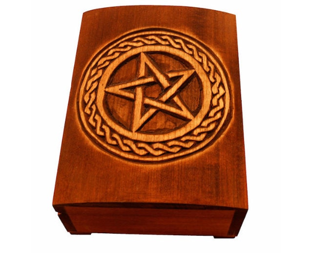 Wooden box with pentagram and plait
