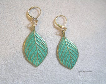 Gorgeous Leaf Earrings, green and gold patina, green, dangle earrings, gift under 20, GBT332