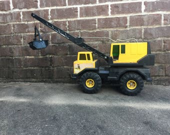 Vintage Mighty Tonka Crane with Scoop