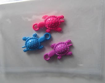 Set of 3 pendants - charms - representative of the turtles