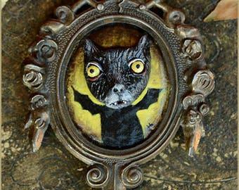Cat Bat Catbat 2 sculpture painting framed - OOAK artwork sculpture painting in vintage frame -  Artwork painting sculpt