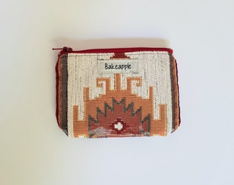 Upcycled Zippered Coin Purse, Coin Pouch, Zip Pouch, Card Pouch, Change Purse, Zip Pouch, Repurposed