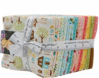 Home Sweet Home by Stacy Iest Hsu Fat Quarter Bundle for Moda