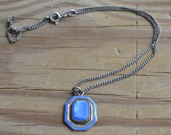 Amazing antique early art deco / late edwardian blue glass silver solitaire pendant with sterling silver chain