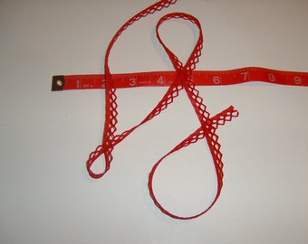 1/4 inch wide Red lace trim  35 yds  (D594)