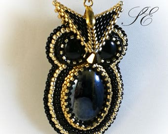 Owl Necklace, Bead embroidery owl, owl pendant, beaded owl, peyote pendant, long-stone owl pendant, black owl and gold.