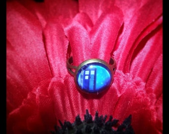 Dr. Who inspired Ring, Tardis inspired Ring,  Whovian Jewelry, Whovian Ring, Geek Jewelry, Geekery, Whovian, Police Box