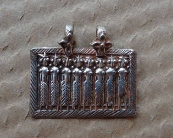 Argent antique amulette hindoue - Skanda et les sept mères-
