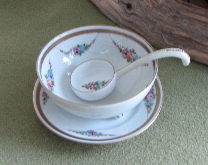 Nippon Sauce Bowl with Ladle Hand Painted