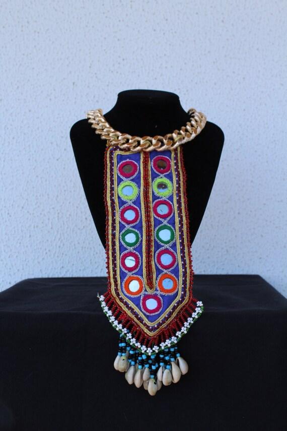 Collar dorado con textil etnico espejos kuchi afghan gypsy - Espejos etnicos ...