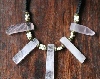 Rose quartz macramé necklace