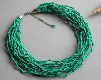 Love knot necklace, Knotted necklace, Green knotted necklace, Knot necklace, Textile knotted necklace,Knot green necklace, Rope knot jewelry