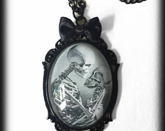 Gothic Skeletons Necklace, Glass Cameo Pendant, Skeleton Lovers, Handmade Gothic Jewelry, Gothic Gift, Alternative Jewelry, Gothic Valentine
