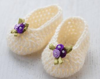 Baby Slippers Crochet PATTERN, Crochet Baby Shoes, Crochet Baby Flats, Crochet Booties, Crochet Socks, Purple Flowers, Pink Bow, Ribbons