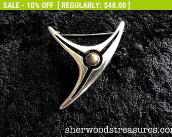 Beautiful  STERLING  Brootch  925  Mexican Mid Century Design Tiger's Eye