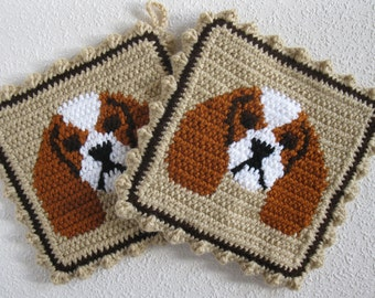 King Charles Cavalier Spaniel Pot Holders. Neutral color, crochet dog potholders with rust and white cavalier spaniels. Blenheim gift