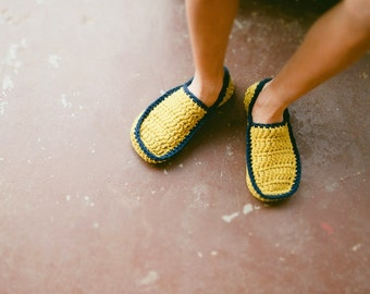 Crochet Pattern House Slipper Pattern for Men and Women in 5 sizes No. 5