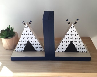 TeePee Bookends, Tribal Decor, Aztec Kids Decor, Nursery Decor, Tribal Baby, Aztec Baby, Teepee Wood,  eco friendly