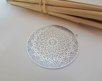 2 charms round filigree stainless-4.3 cm-diameter hole 1.5 mm - 112.18