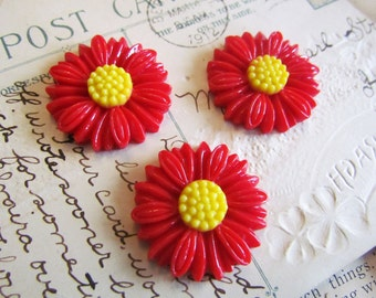 SALE Red Cabochons - Daisy Collection - LARGE -  27mm - 3 Pieces - Ships IMMEDIATELY from California - C14R