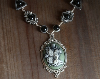 Neo Victorian Jewelry - Necklace - Green woodland Fairy Cameo