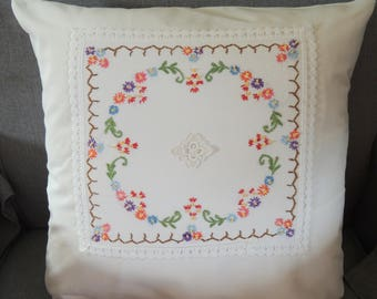Beautiful pillow cover 40 x 40 cm antique Embroidery