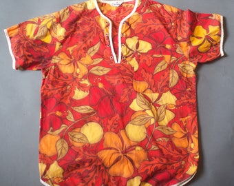 Vintage 1960s Mens Surf Shirt /  Orchid Floral Hawaiian Shirt Small