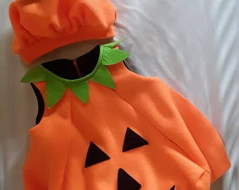 Pumpkin costume for children from 0 to 6 years old.